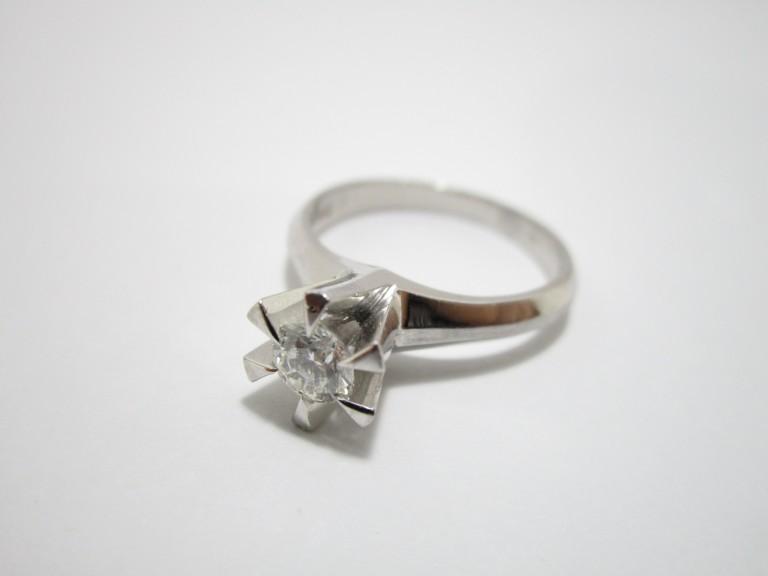 ティファニー K18 ダイヤ 指輪 ネックレス・エルメス 細バンド 買取情報!