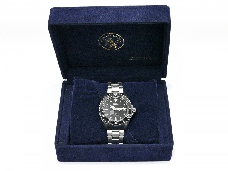 国産の時計をお持ちの方。