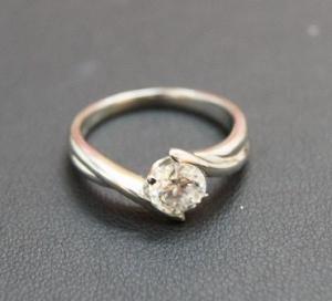 ダイヤ 指輪 プラチナ 桑名__midium